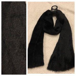 Accessories - Black Scarf